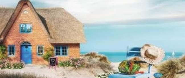 Der kleine Laden am Strand von Julia Rogasch