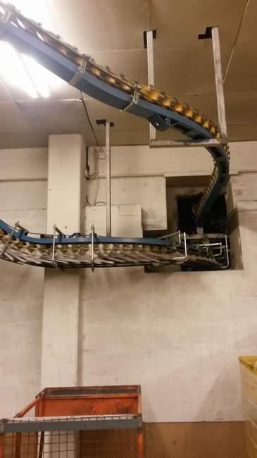 Medienhaus Bauer Druckmaschine Schiennensystem